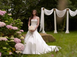 wedding-dress-kathy-ireland-moncherie-2013-1_large.jpg